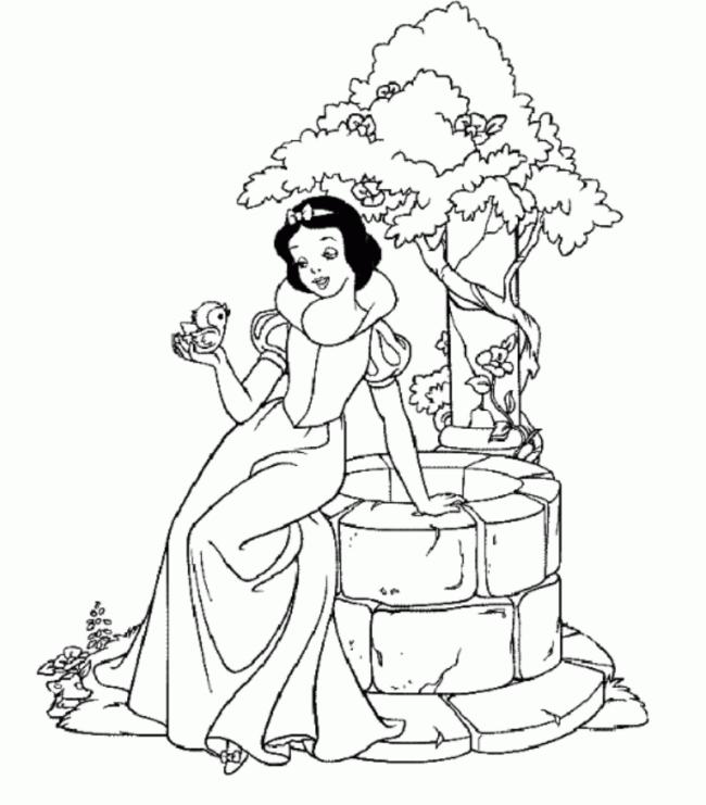 Tô màu công chúa Bạch Tuyết chơi đùa cùng chú chim non
