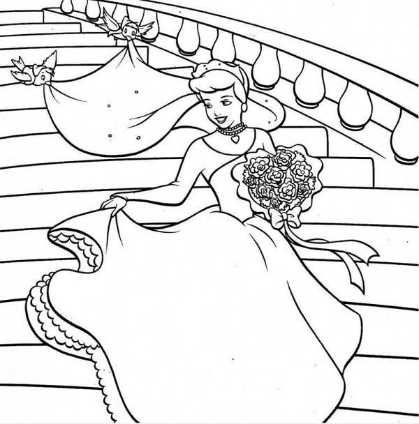 Tô màu công chúa Lọ Lem xinh đẹp cùng bộ váy mới