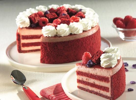 Bánh Red Velvet có vẻ ngoài đẹp mắt