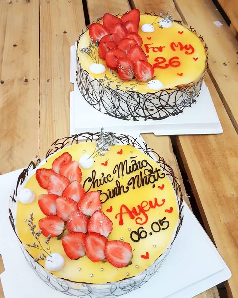 Bánh cheesecake mừng sinh nhật