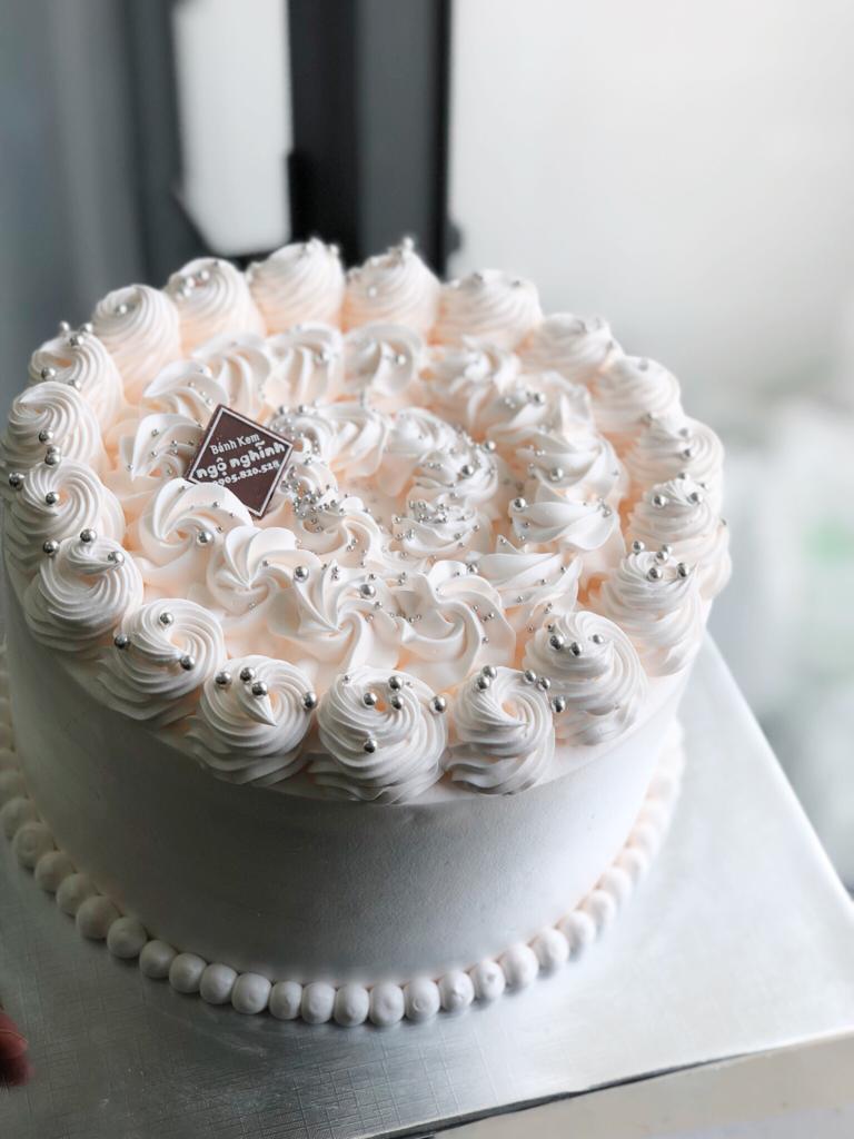 Bánh sinh nhật cho bé gái