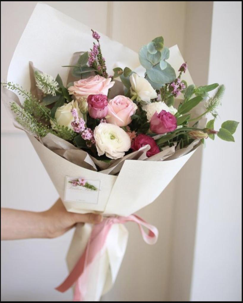 Lựa chọn hoa sinh nhật cho người trung niêng