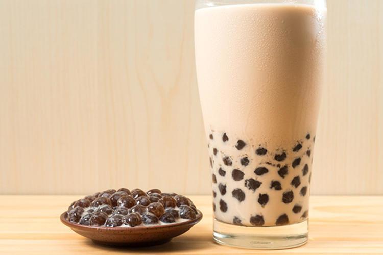 Chuẩn bị nguyên liệu làm trà sữa trân châu tại nhà
