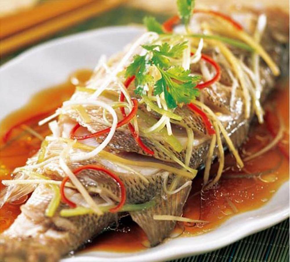 Cách thực hiện món cá hấp gừng hành thơm ngon