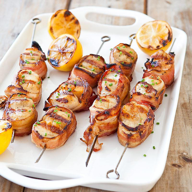 Thịt ba chỉ nướng xiên có màu sắc bắt mắt và kích thích vị giác