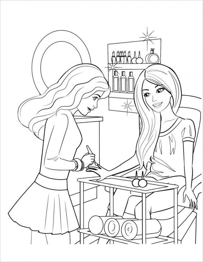Barbie rất thích được vẽ móng tay với nhiều màu sắc
