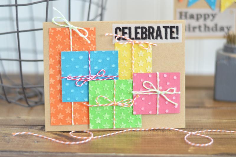 Nên đựng thiệp sinh nhật vào trong phong bì để thể hiện sự trang trọng