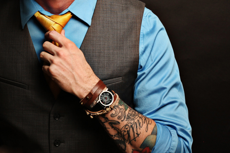 Tránh sử dụng quá nhiều phụ kiện kèm theo cà vạt